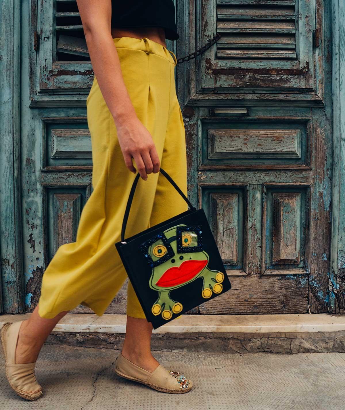 Miss Froggy - leather handbag