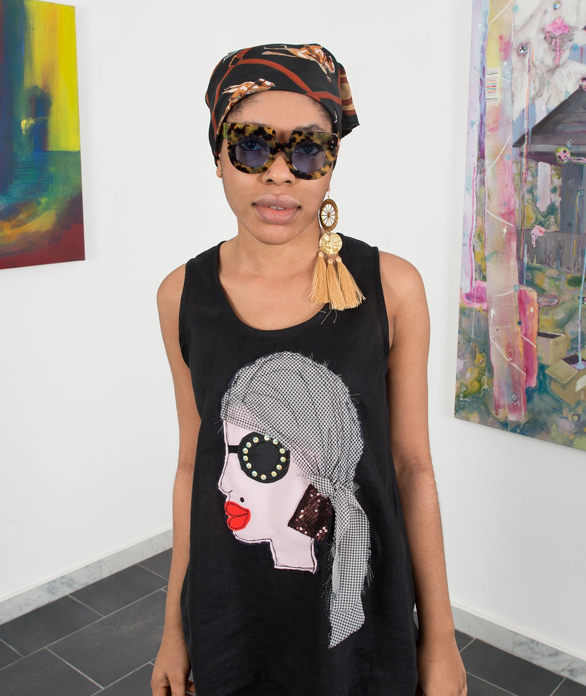 Top donna con foulard