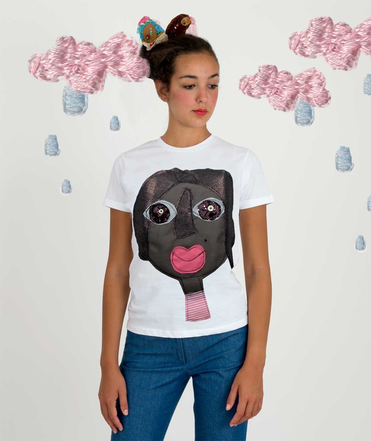 T-shirt with the black woman